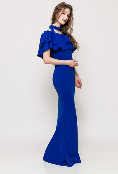 Frill dress. The model measures 171cm, one size corresponds to 10/12