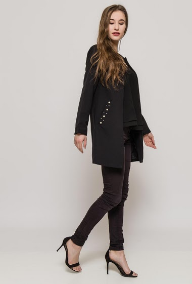 Open jacket, pockets. The model measures 171cm, one size corresponds to 10/12