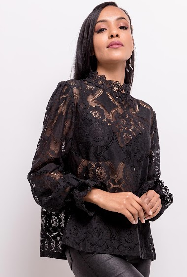 Blouse in transparent lace Big size