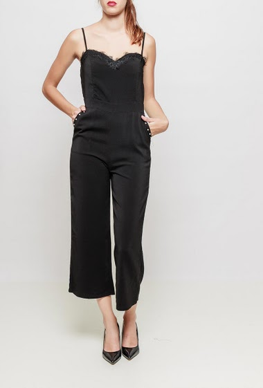 Culotte jumpsuit with pockets and pearls detail, adjustable straps, zip back closure