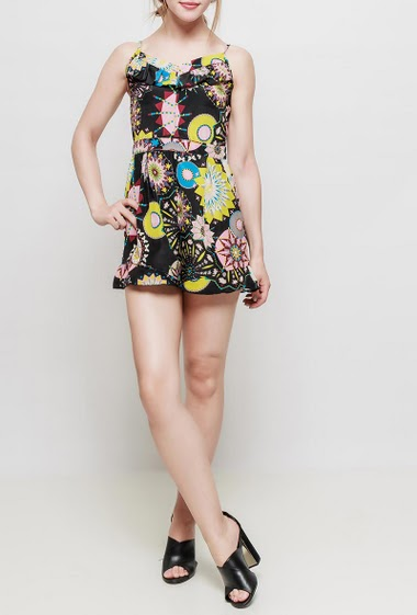 Printed playsuit, adjustable straps, pockets, V neck with ruffles, fluid fabric