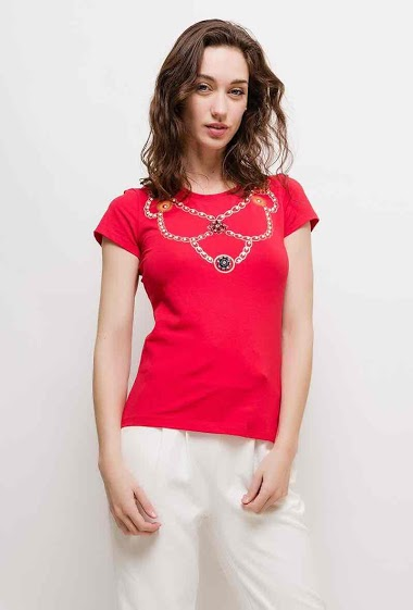 Short sleeve t-shirt. The model measures 177cm and wears S. Length:60cm