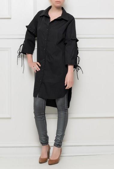 Chemise longue avec manches 3/4 ornées de liens à nouer, fente sur les  côtés, coupe droite et décontractée - Marque BUBBLEE