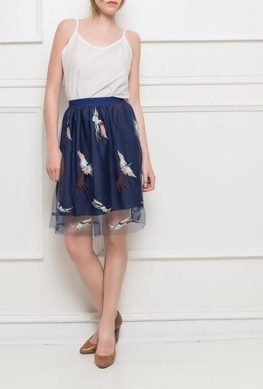 Tulle skirt decorated with embroidered birds, elastic waist