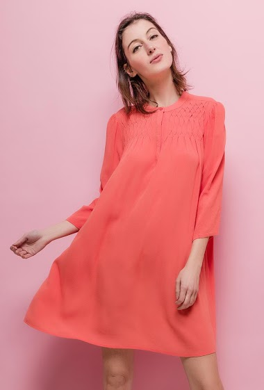 Long sleeve dress. The model measures 178cm and wears S. Length:90cm
