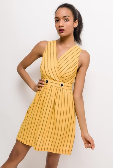 Striped sleeveless dress. The model measures 177cm and wears S. Length:85cm