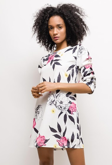 Dress with printed flowers, gathered sleeves. The model measures 177cm, one size corresponds to 10/12(UK) 38/40(FR). Length:85cm