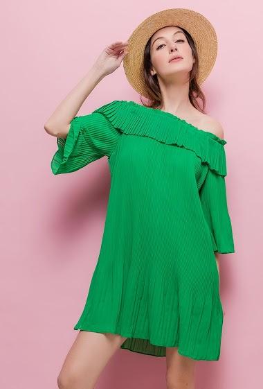 Off shoulder dress. The model measures 178cm and wears M. Length:80cm