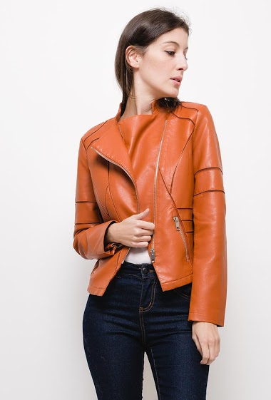 Leatherette jacket with flap ,The model measures 178cm and wears M