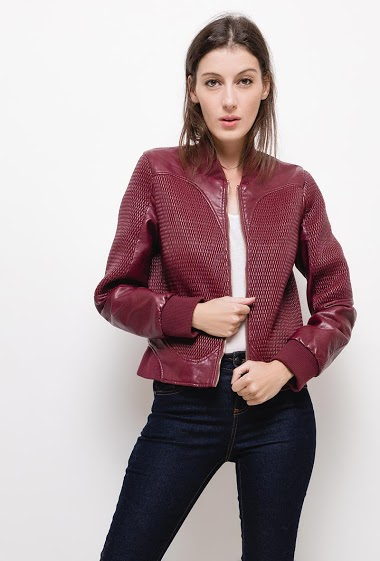 Quilted leatherette jacket,The model measures 178cm, one size corresponds to 10/12(UK) 38/40(FR)