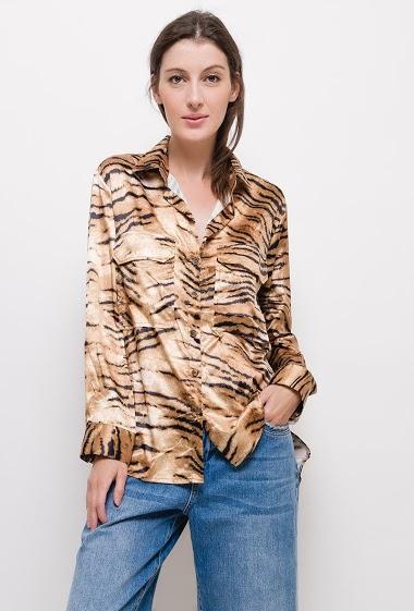 Chemise à imprimé tigre,La mannequin mesure 174cm et porte du S. Longueur:75cm
