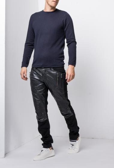 Black jeans functionalwith yoke in imitation leather - Brand US Marshall
