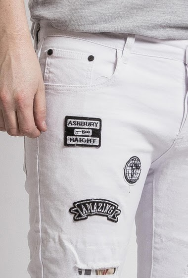 White jeans with patch, Rips with check fabric lining, Slim fit, Brand Us Marshall