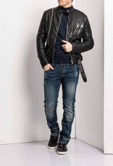 Jacket in imitation leather perfecto biker style                                                              Round neckline Asymmetrical zipper Functional pockets Zippered cuffs Classic fitting cut                                              Brand Han City.  Composition other: Fabric