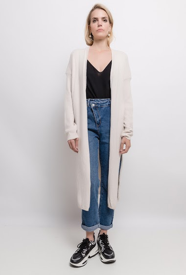 Cardigan with split. The model measures 171cm, one size corresponds to 10/12(UK) 38/40(FR). Length:111cm