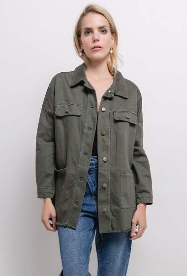 Jacket with raw edges. The model measures 171cm, one size corresponds to 10/12(UK) 38/40(FR). Length:75cm