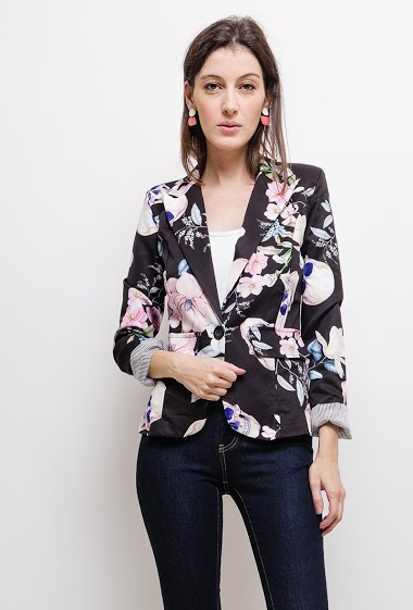 Printed blazer, padded shoulders, slim fit, fake pockets, lining. The model measures 178cm and wears S. Length:60cm