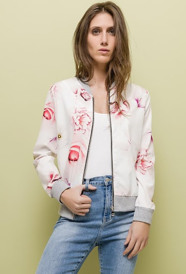 Patterned bomber jacket, zip closure, light fabric. The model measures 170cm, one size corresponds to 10/12(UK) 38/40(FR). Length:60cm
