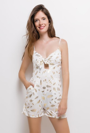 Description produit Anglais Strappy playsuit, printed gold feathers. The model measures 176cm and wears S. Length:80cm