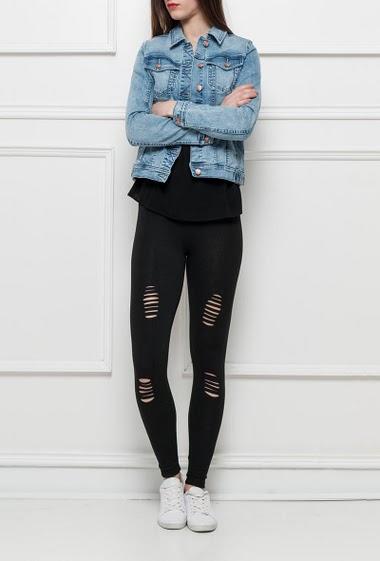 Ripped leggings, elastic waist, smooth stretch fabric