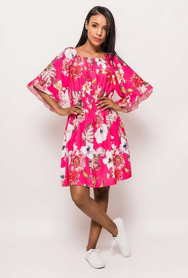 Floral dress with 3/4 sleeves, elastic waist. The model measures 172cm, one size corresponds to 10/12(UK) 38/40(FR). Length:90cm