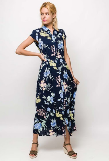 Long dress, printed flowers, V neck. The model measures 177cm and wears S. Length:135cm