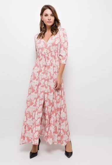 Long dress, floral print, V-neck, 3/4 buttoned sleeves, elasticated at the waist, front closure with buttons, thread to tie in front.  The model measures 175cm and wears S. Length:140cm