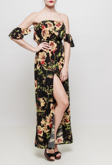 Printed long dress, off shoulder design, elastic waist, front with a maxi slit, fluid and soft fabric