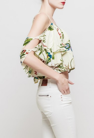 Crop top with rpinted flowers, adjustable straps, ruffle sleeves, cold shoulder design, soft fabric