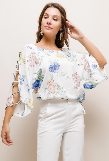 Cold shoulder blouse, printed flowers.  The model measures 175cm and wears S/M. Length:55cm
