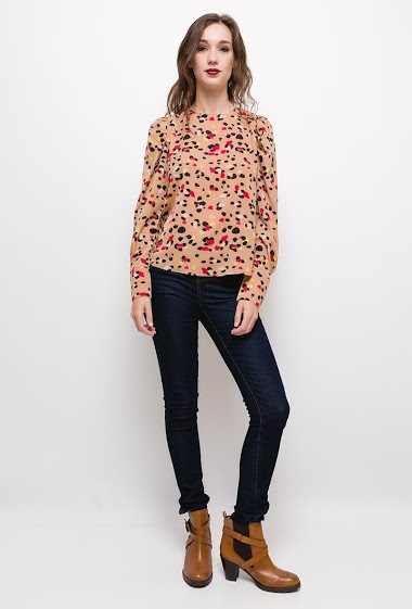 Polka dot blouse,The model measures 177cm and wears S/M. Length:60cm
