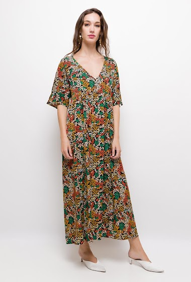 Long patterned dress,The model measures 177cm and wears S/M. Length:130cm