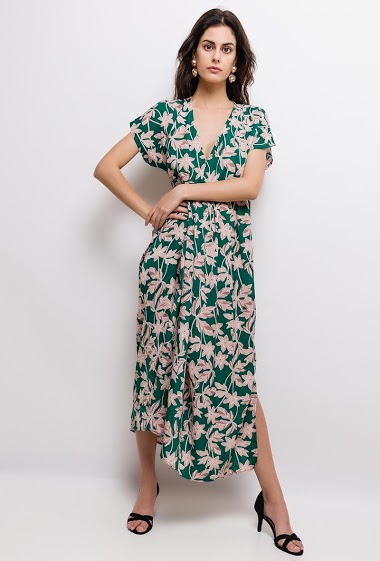 Dress with printed flowers, short sleeves. The model measures 176cm and wears S/M. Length:130cm