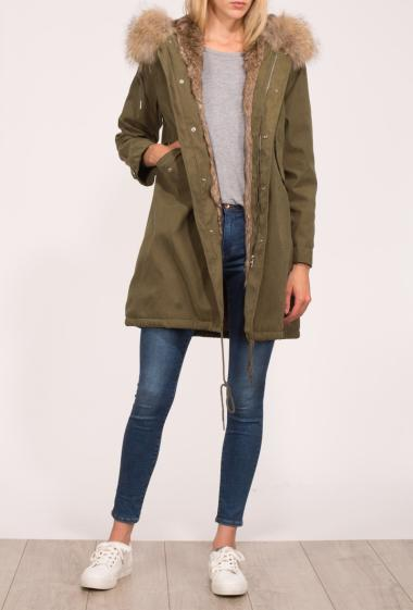 Parka with hood decorated with fur, zipped closure, pockets