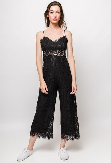 Jumpsuit with wide leg pants, straps, transparent waist. The model measures 177cm, one size corresponds to 10/12(UK) 38/40(FR). Length:130cm