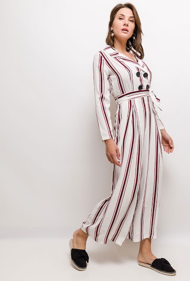 Wrap jumpsuit, long sleeves. The model measures 175cm and wears S. Length:140cm