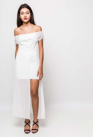 Feminine dress. The model measures 170cm and wears M. Length:130cm