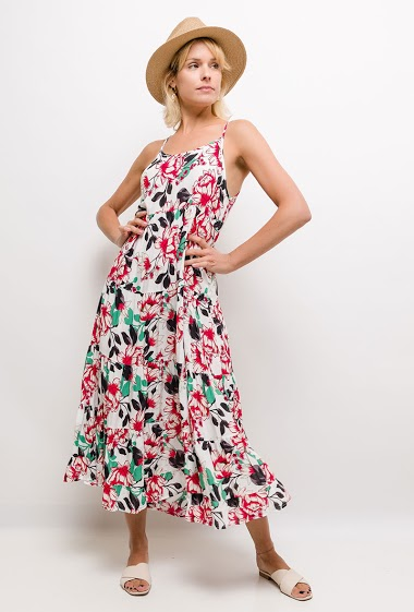 Dress with printed flowers. The model measures 177cm and wears S/M. Length:135cm