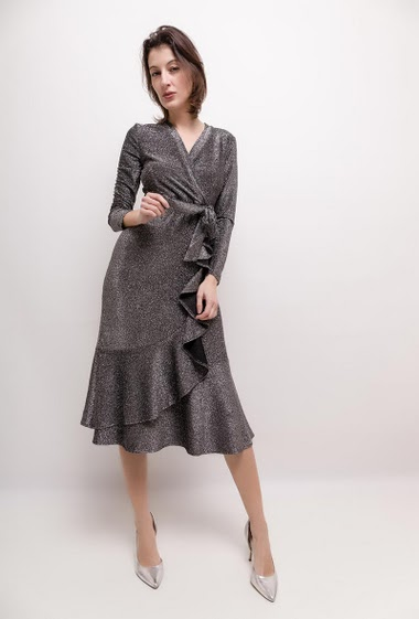 Long sleeve wrap dress, ruffles. The model measures 178cm and wears S. Length:115cm