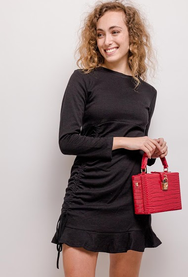 Dress with drawstring. The model measures 172cm and wears S. Length:83cm