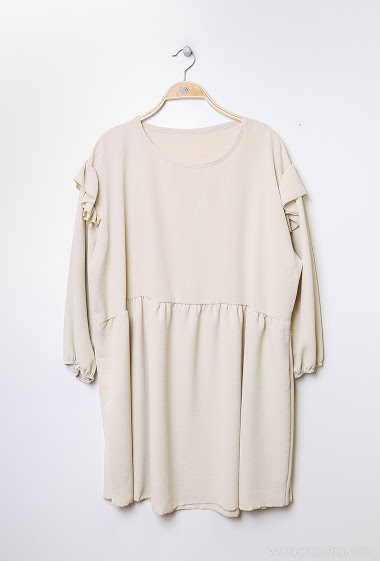 Tunic only or ensemble reference KSET001. The model measures 170 cm and sizes 16-18