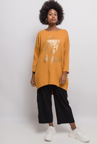 Tunic with printed dreamcatcher. The model measures 174cm, one size corresponds to 10/12(UK) 38/40(FR). Length:92cm