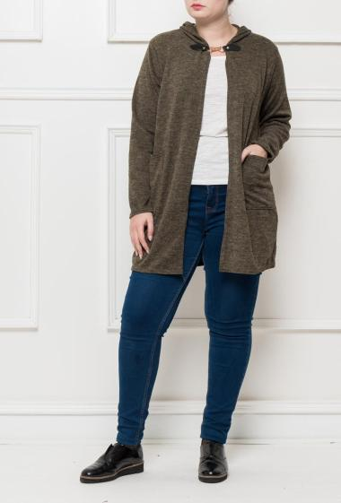 Hooded cardigan with fancy closure, pockets