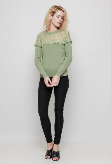 Knitted sweater, lace yoke, mini ruffles, regular fit. The mannequin measures 177 cm, TU corresponds to 38/40 - Brand: LAETITIA MEM