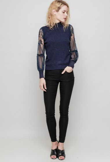 Knitted sweater, funnel neck, transparent sleeves in embroidered tulle. The mannequin measures 177 cm, TU corresponds to 38/40 - Brand: LAETITIA MEM