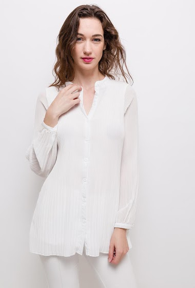 Long sleeve shirt. The model measures 177cm and wears S/M. Length:76cm