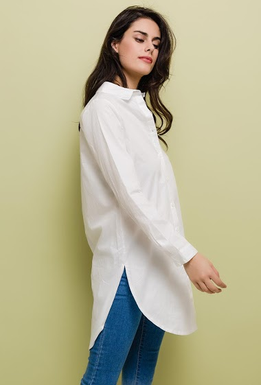 The model measures 176cm and wears S/M. Length:90cm