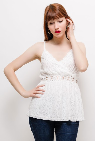 The model measures 174cm and wears S/M. Length:65cm