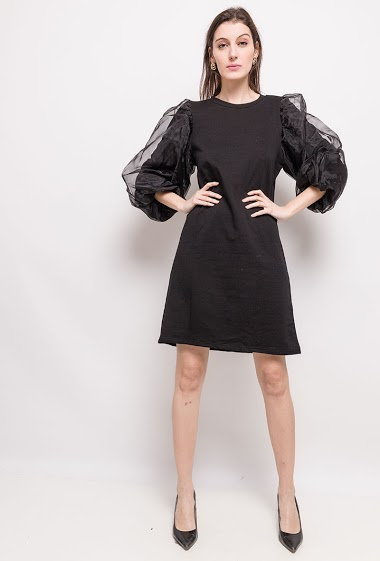 The model measures 178cm and wears S/M. Length:91cm