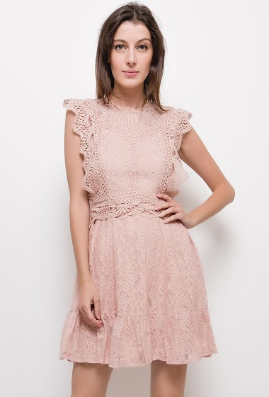 Lace dress with ruffles